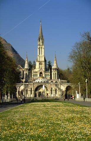 Basilique de Lourdes. Hautes- Pyrenees